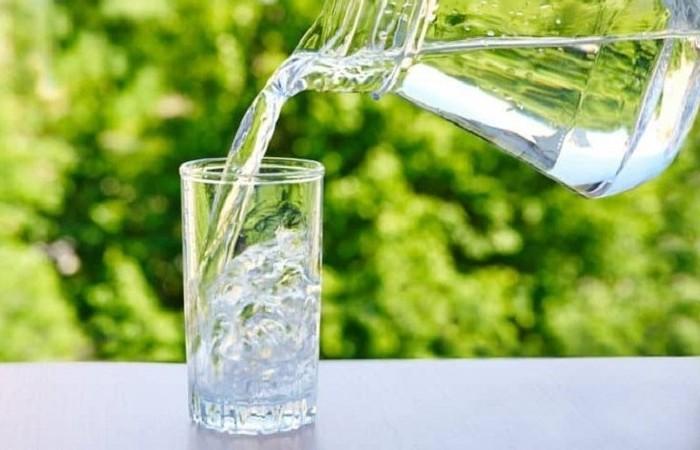 Lượng nước lọc vừa đủ sẽ giúp cơ thể bài tiết mỡ và chất độc tốt hơn